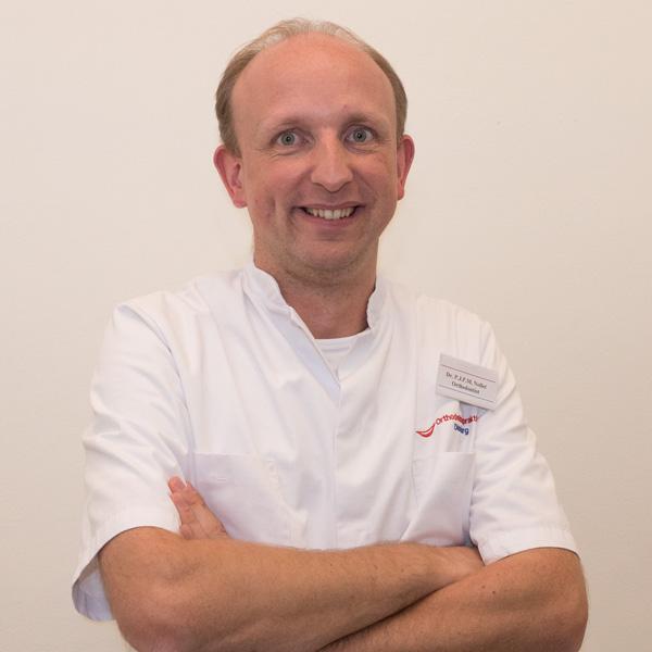 Dr. Pieter Nollet